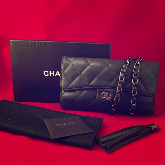 c631d59052e 🖤⛓ Chanel Quilted Flap Wallet on Chain Revamp!